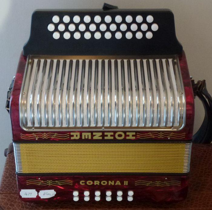 Hohner  Corona  2<br />Harmonikaen er fuldstøndig som en ny harmonika