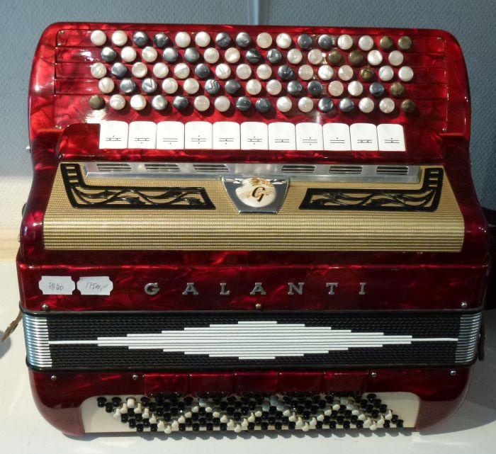 Galanti <br />Dejlig let instrument med gode stemmer