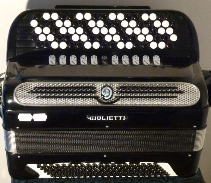 Giulietti F 115 C<br />Flotte kraftige stemmer